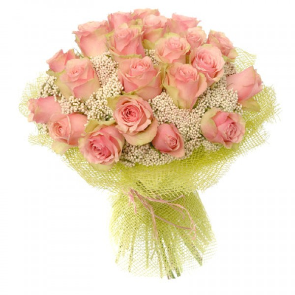 """Букет """"Роза на снегу"""". Букет из 19 элитных роз 50см с гипсофилой в сетке."""